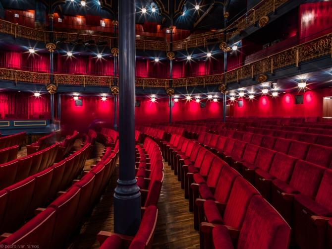 Teatro Zorrilla, Roberto Valle