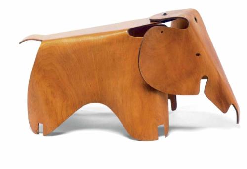 elefante diseñado un día de viento